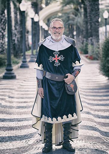 Juan José Martínez Nicolau  Alférez Cristiano - Filà Caballeros de Montesa.